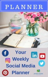 Weekly_social_media_planner_ecover